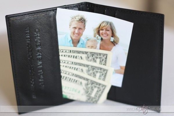 Anniversary ideas for each year of marriage. So many fun ideas!I Includes the list of traditional/modern gifts for each year. {always a big help!}