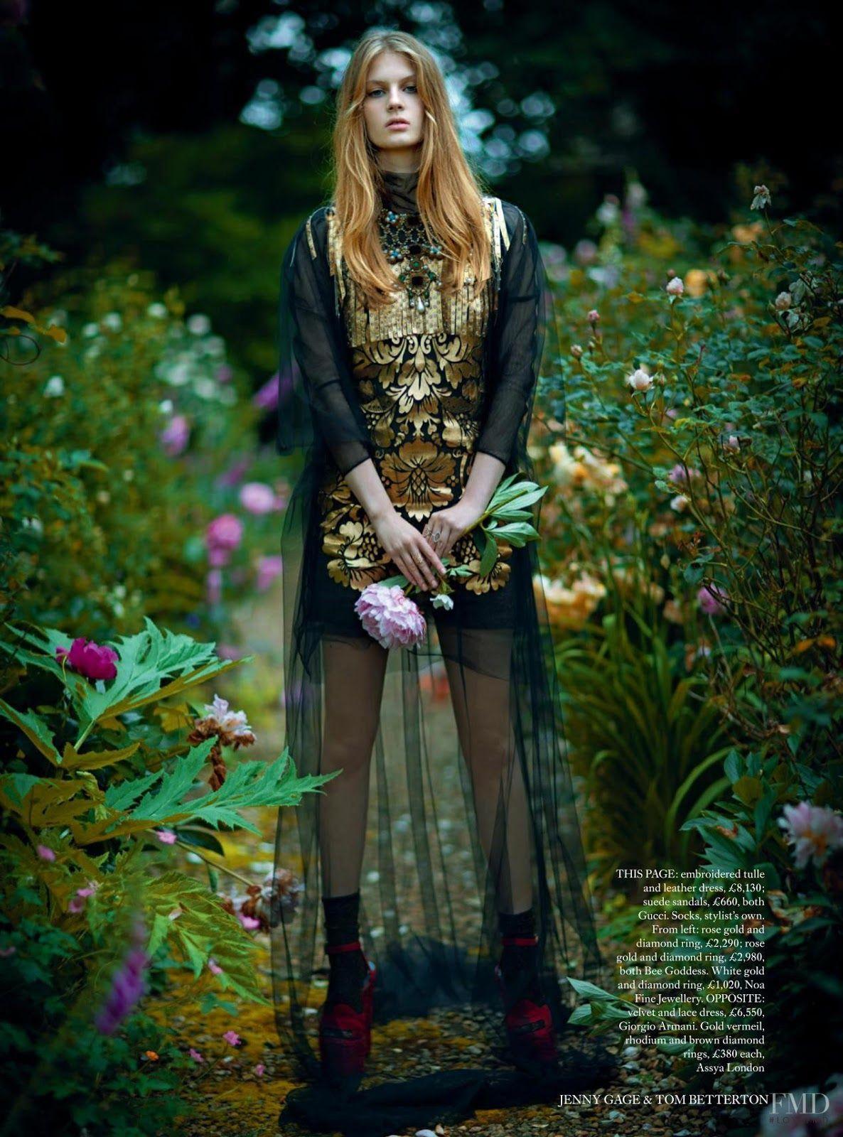 FMD     Harper's Bazaar UK November .16     Florence Kosky For Tom Betterton