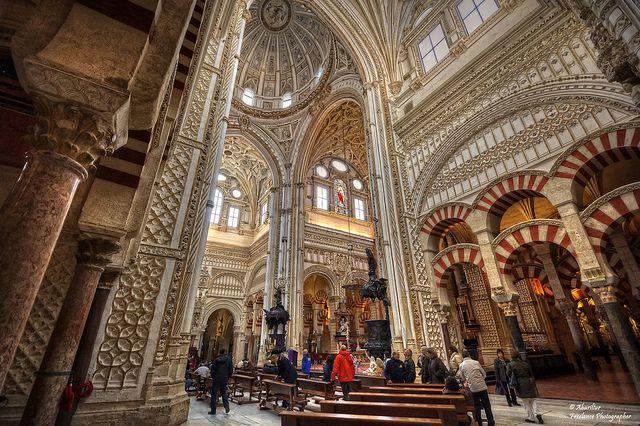 L`ESPAGNE – MOEURS ET PAYSAGES - avec les traditions catholiques de ce pays B298ee31fe11f33c6652a85e4872a786