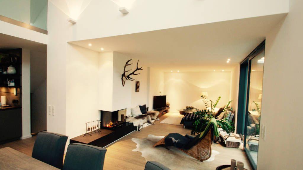 haus m moderne wohnzimmer von moser straller architekten new house pinterest haus. Black Bedroom Furniture Sets. Home Design Ideas