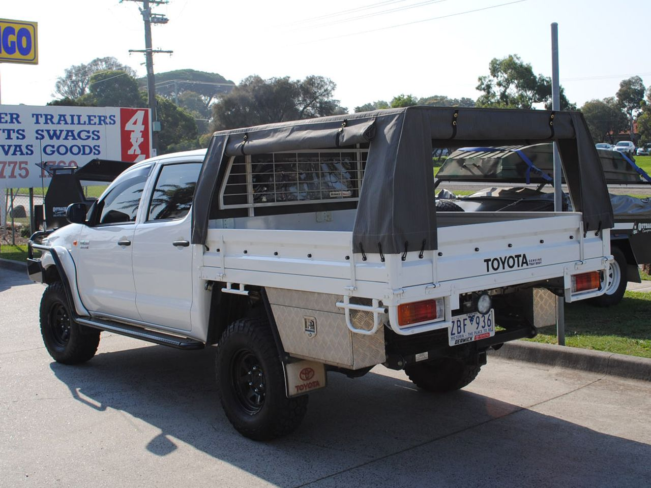 7u2032 Canopy with 4 Side Zips : hilux canvas canopy - memphite.com