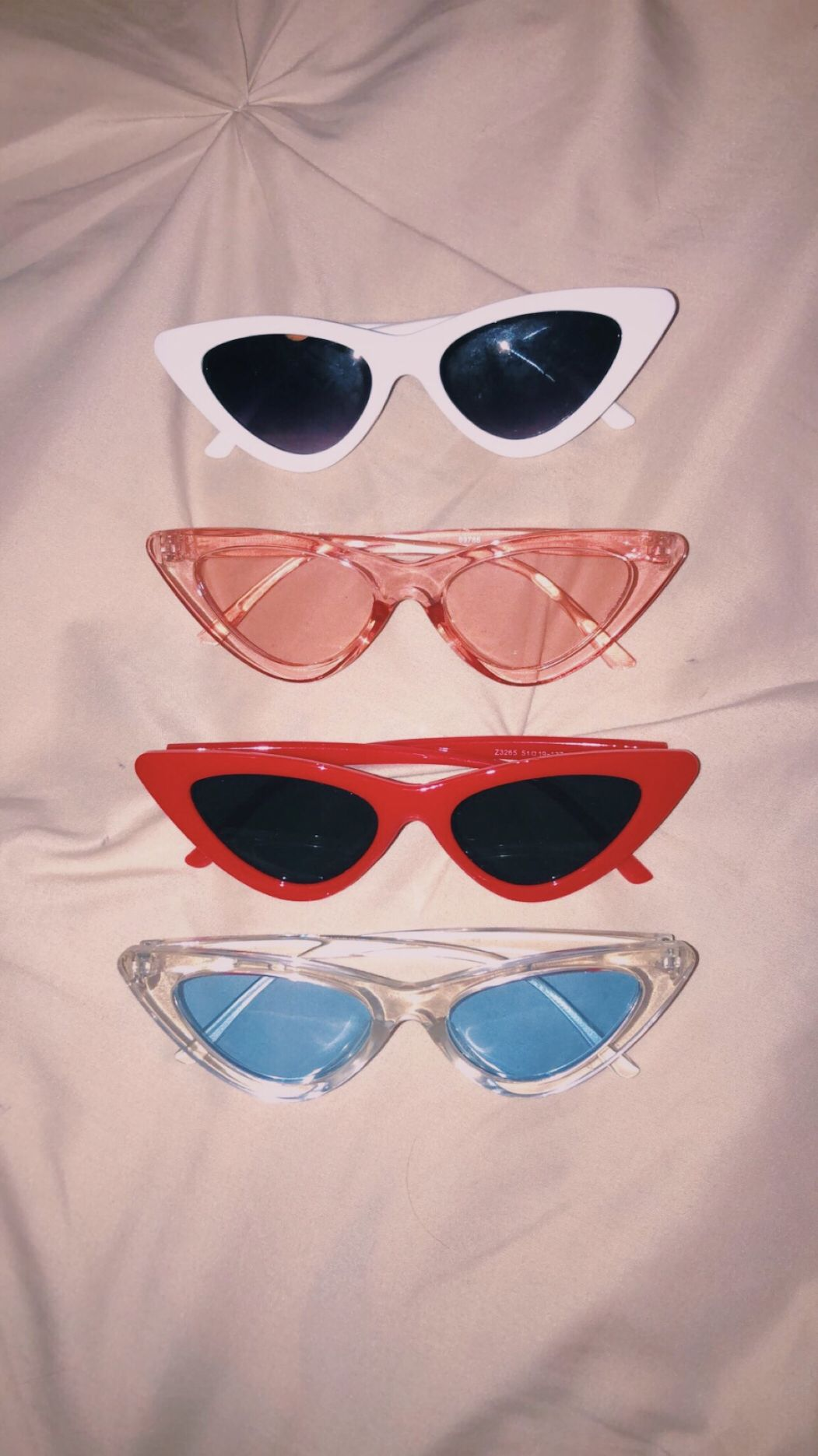 Pin By Janakaddoura On Accessories Sunglasses Vintage Glasses Fashion Stylish Glasses