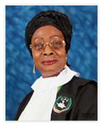 Sophia Akufo, juez ghanesa que preside desde 2012 por un periodo de dos años la Corte Africana de Derechos Humanos y de los Pueblos. Su mandato como Presidenta es de dos años.