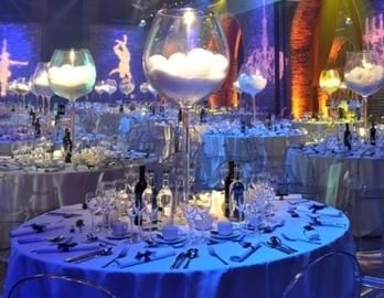 Centerpieces I M Someone Who Reciates A Large Wine Gl So Love These Oversized Fill With Anything Of Your Imagination