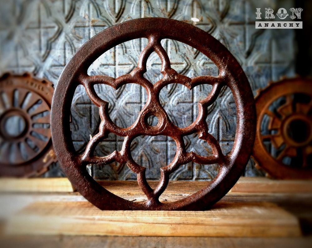 Antique Wheels And Gears : Antique industrial gear decor on ironanarchy rusty