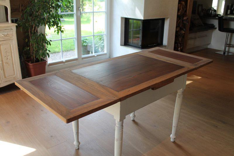 Vintage Tische Alter Esstisch Ausziehbar Shabbychic Stil Vintage Ein Designerstuck Von Sternen Insel Bei Dawanda Esstisch Ausziehbar Vintage Tisch Esstisch