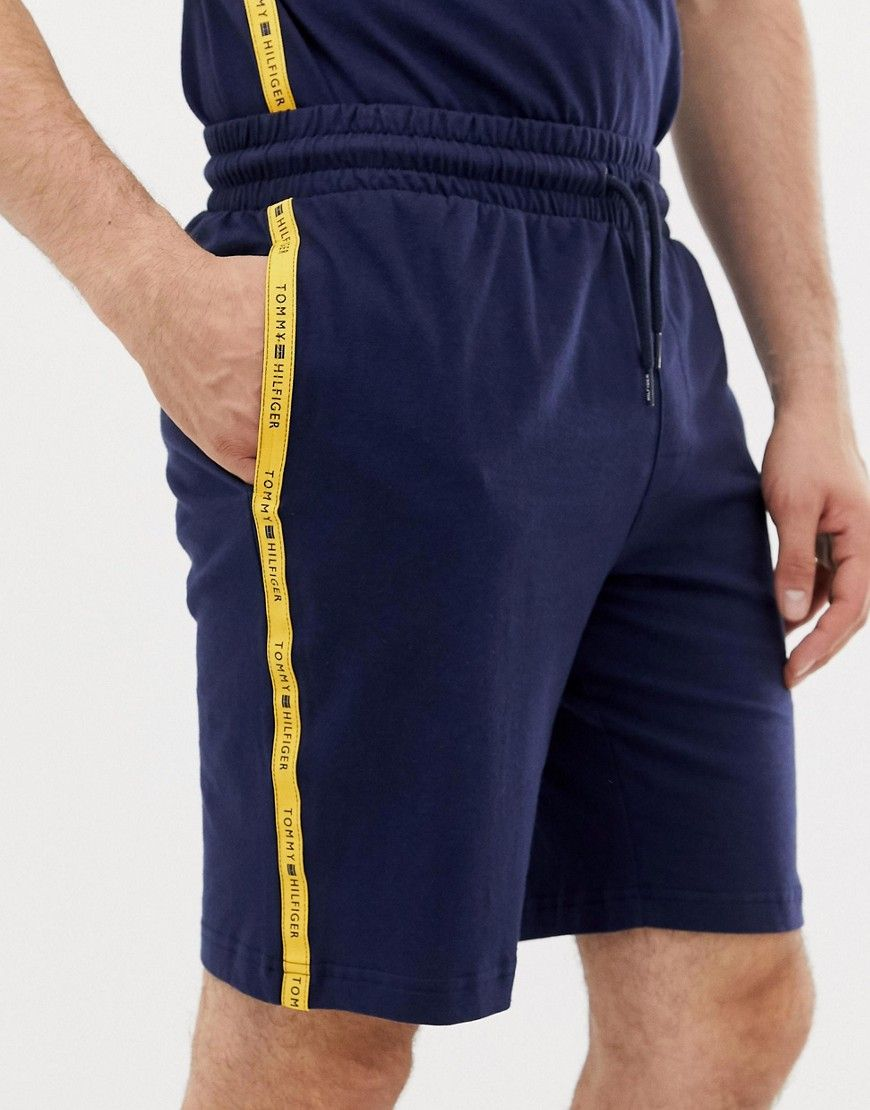 35147367841e TOMMY HILFIGER SWEAT SHORTS WITH CONTRAST TAPING IN NAVY - NAVY. # tommyhilfiger