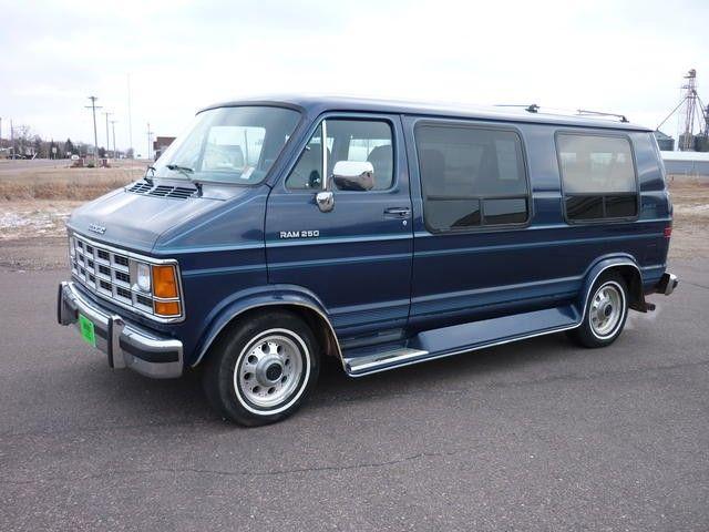 Dodge Ram Van B250 I Love This Color Dodge Ram Van Chevy Van Van
