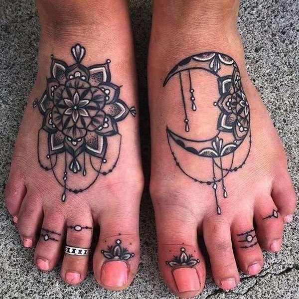 Tatuaggi Mandala Foto 9 40 Pourfemme Tatuaggi Tatuaggi Raffiguranti Pizzo E Tatuaggio Mandala