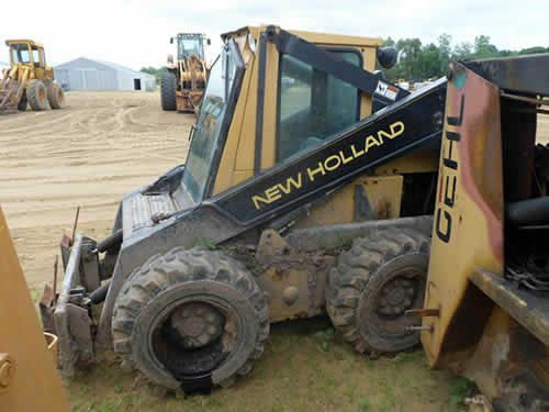 New Holland L785 Skid Steer Salvaged For Used Parts Call 877 530 4430 We Buy Salvage Farm Equipment 7 Salvage Yar New Holland New Holland Tractor Used Parts