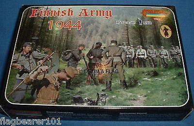 Strelets 1//72 M062 Finnish Army 1939-42 Figur kit w//Box 113012