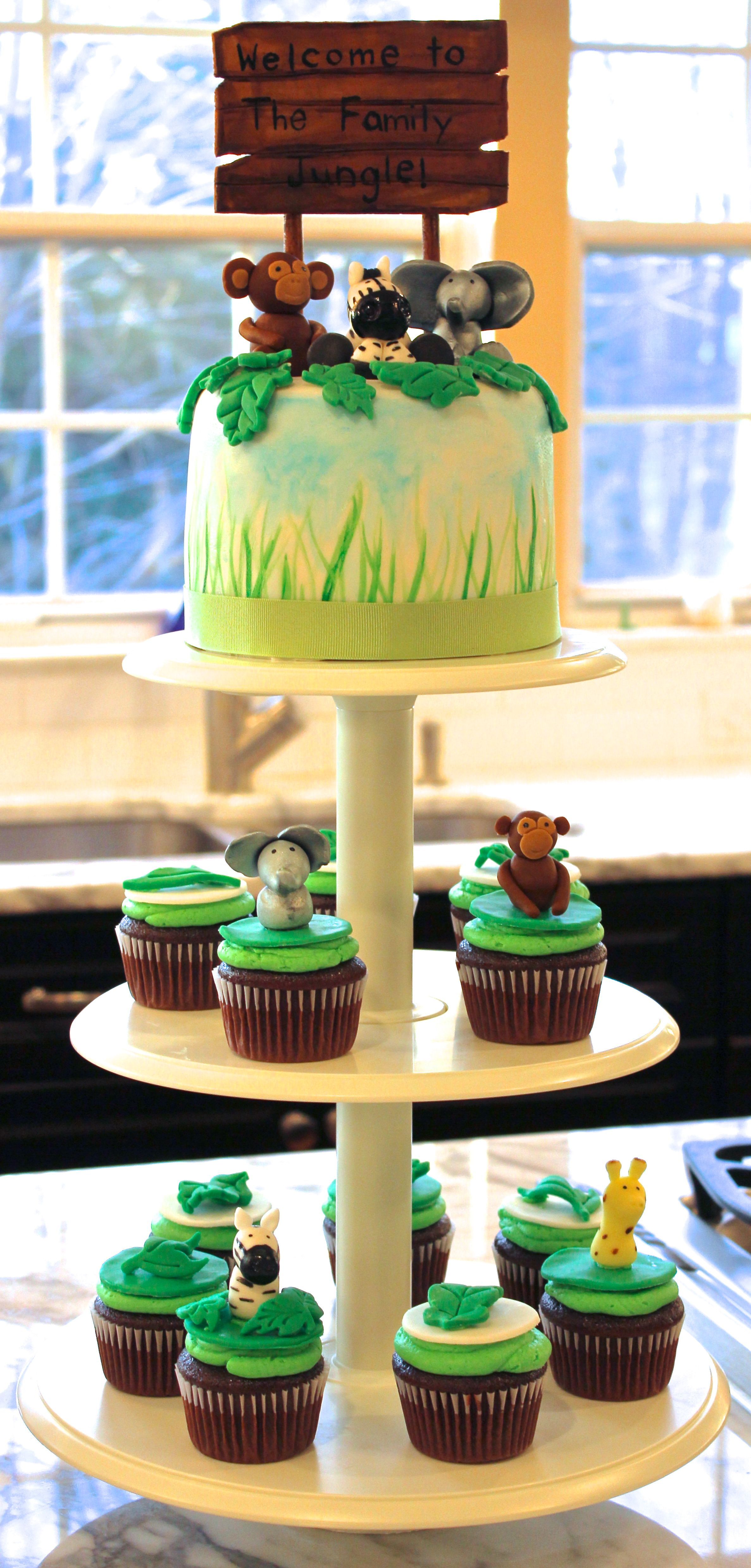 Safari Theme Baby Shower with Giraffe Monkey and Elephant