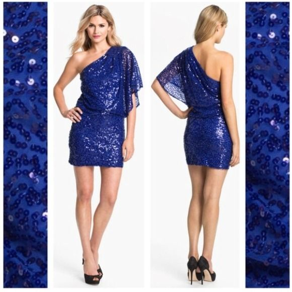 Jessica Simpson blue sequin dress NWT - Colors- An eye and Eyes