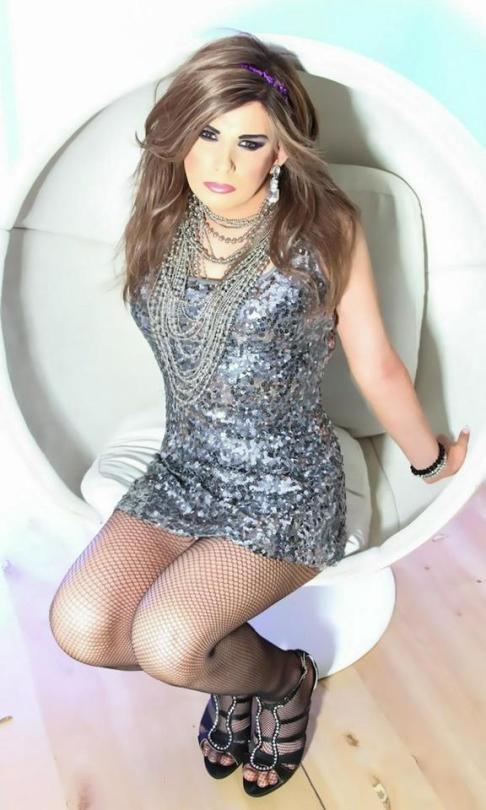Épinglé par plumeti sur travesti   Pinterest   Femme 8ab7906ca235