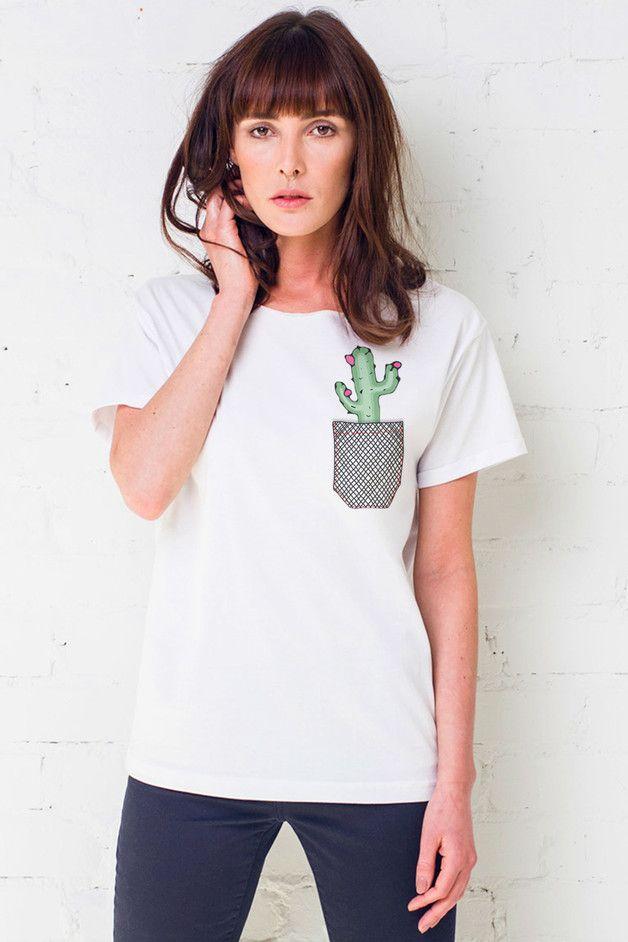 Camiseta bolsillo cactus moda y accesorios mujer hecho a