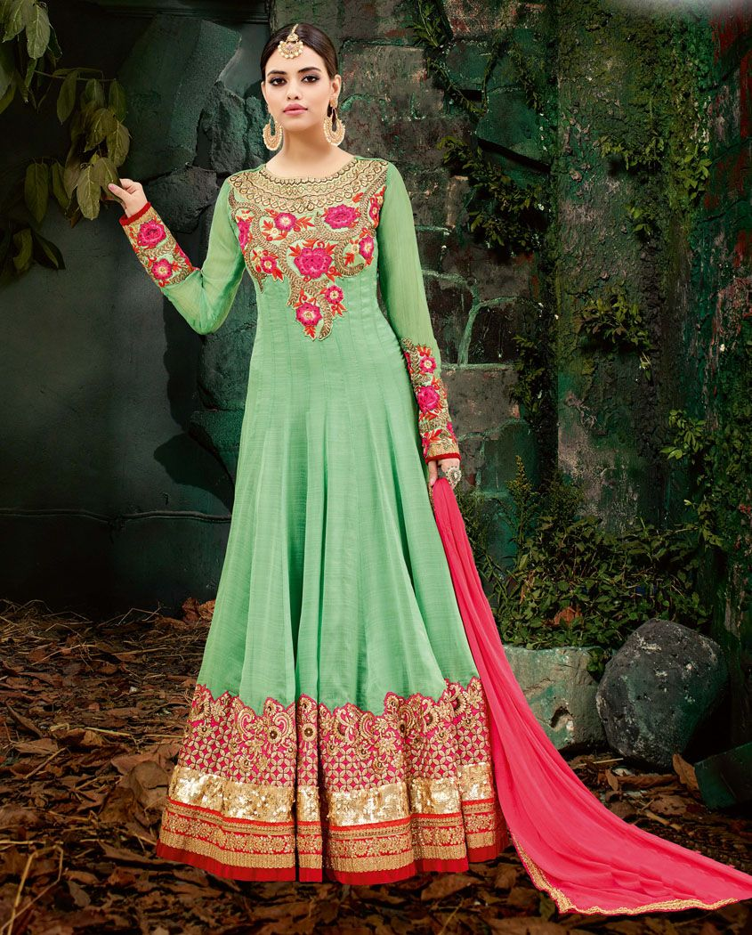 d6f3bcf91c Look the most prettiest of all wearing this heavy designer anarkali suit.  #Rutbaa #
