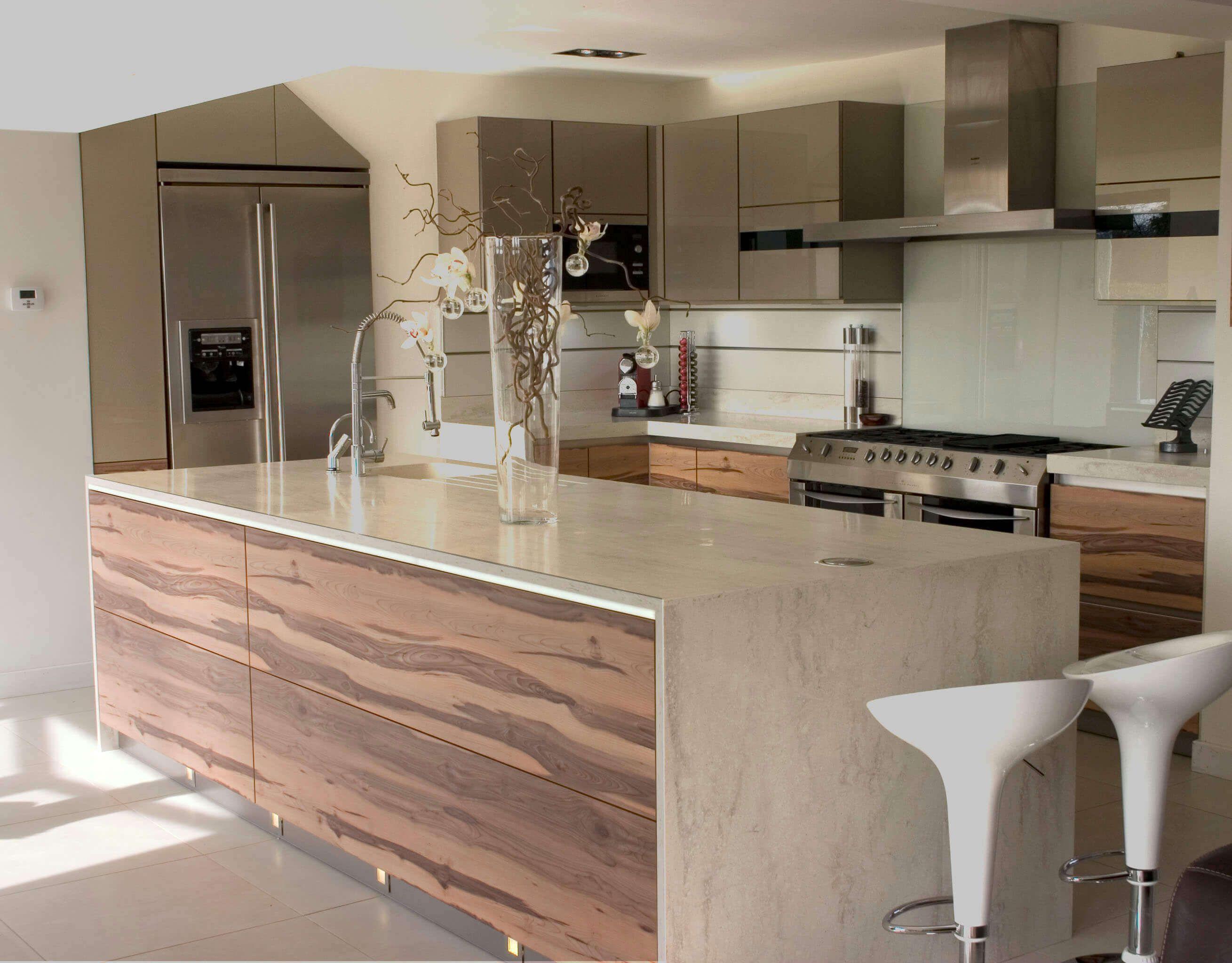 89 Contemporary Kitchen Design Ideas Gallery Backsplashes Cabinets Lights Tables Islands Sinks Floors And More Modern Kitchen Island Modern Kitchen Granite Granite Countertops Kitchen