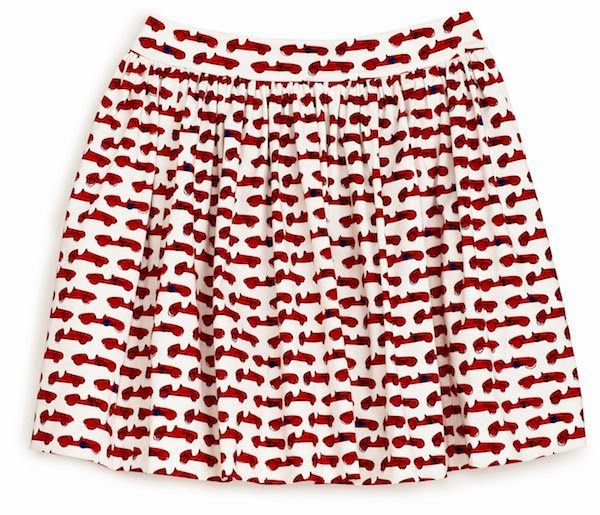 Dream Skirt #1(2nd Version) Those little red old-fashioned cars are too cute, but it's too expensive*sniff*.