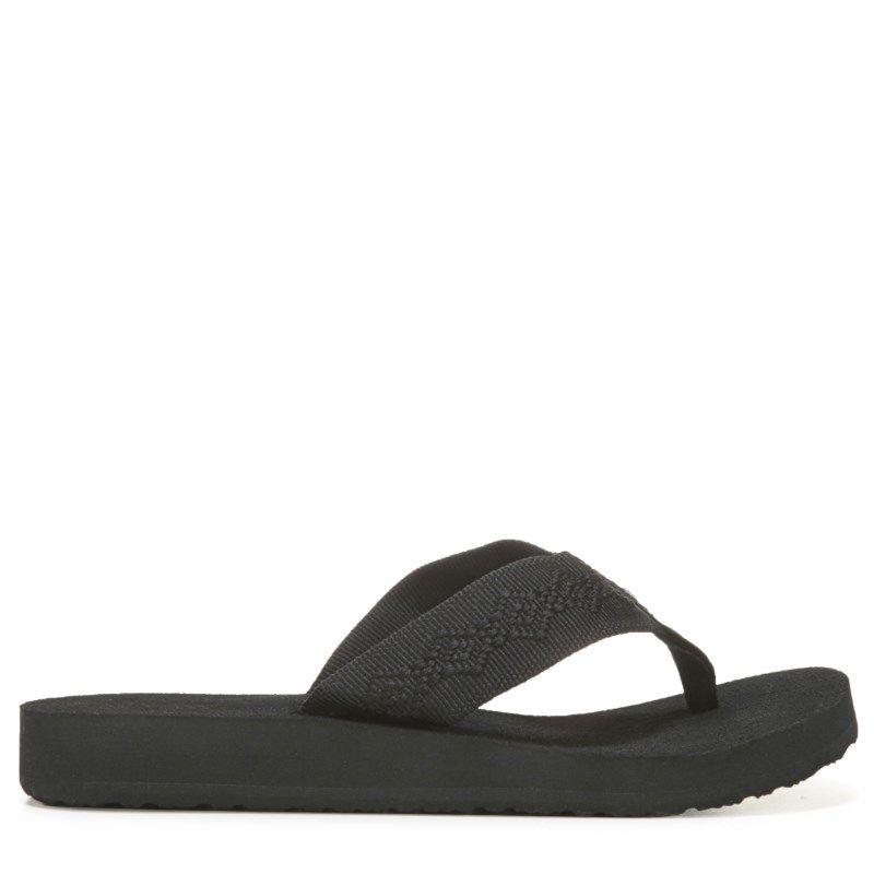 a073cbc72f46 Reef Women s Sandy Flip Flop Shoes (Black Black) - 10.0 M