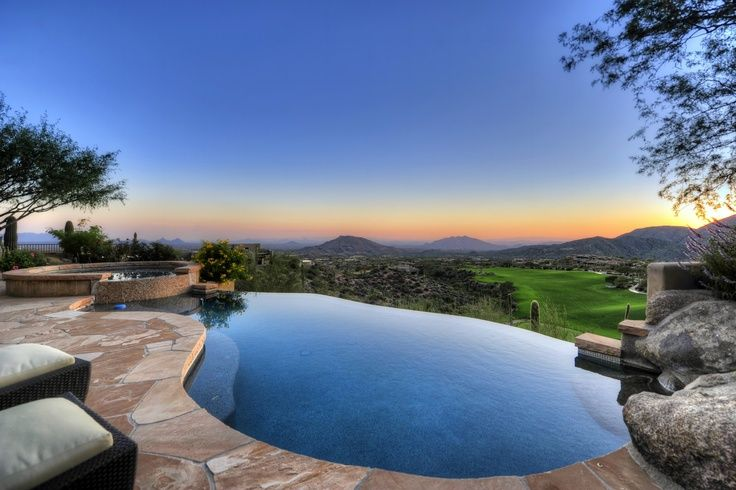 This infinity edge pool in desert mountain stuns with for Pool design course