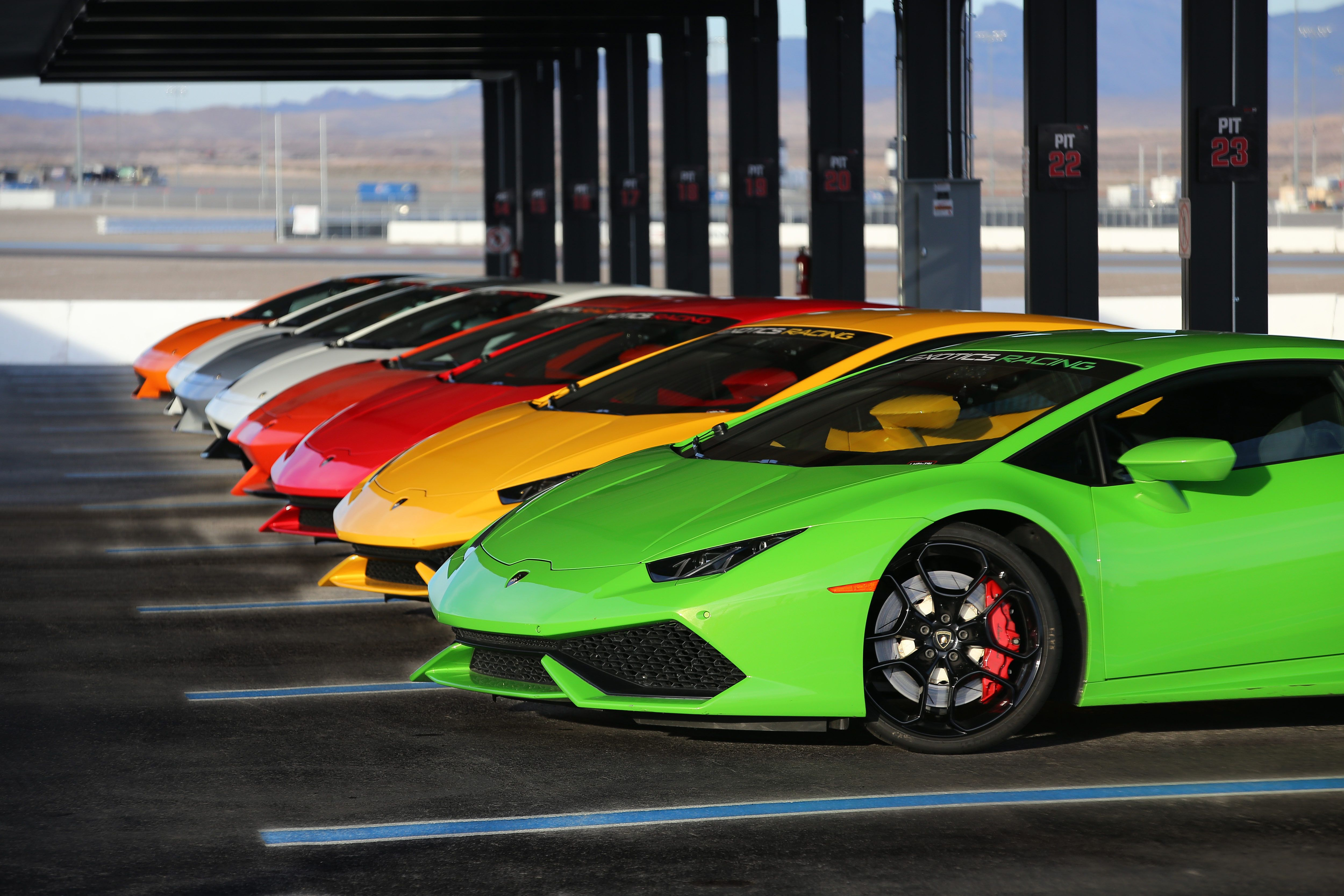 Now That S What We Call Curves In All The Right Places Drive The Exoticcars Of Your Dreams Around A Real Racetr Car Buying Race Car Driving Car Buying Guide