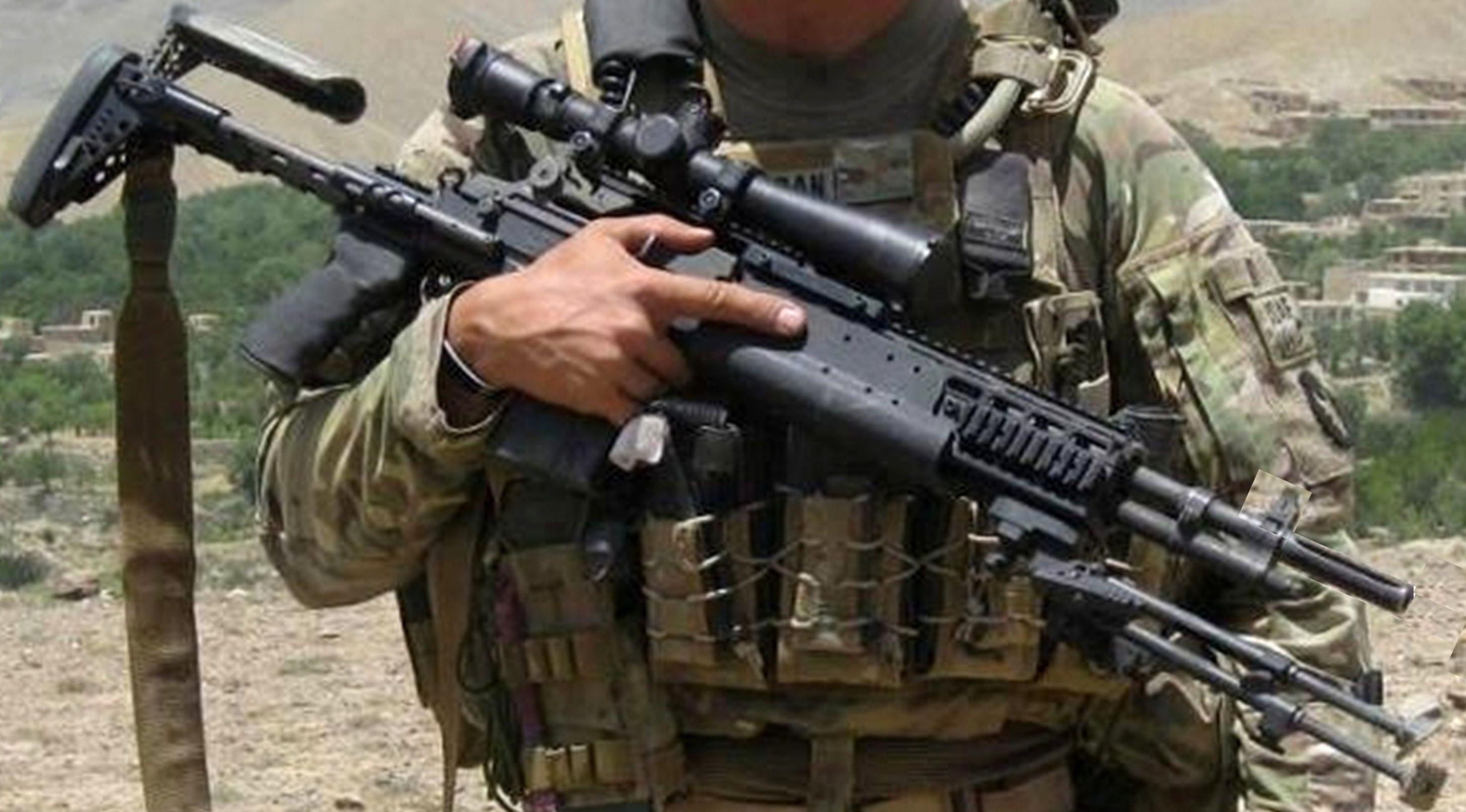 16'' Mk14 EBR in Afghanistan??? (AKA who can identify this