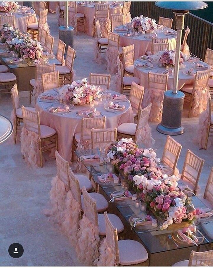Perfekte Location für die Pink Wedding! #pinkwedding #hochzeitsdeko #pink #rosa #hochzeitsdeko