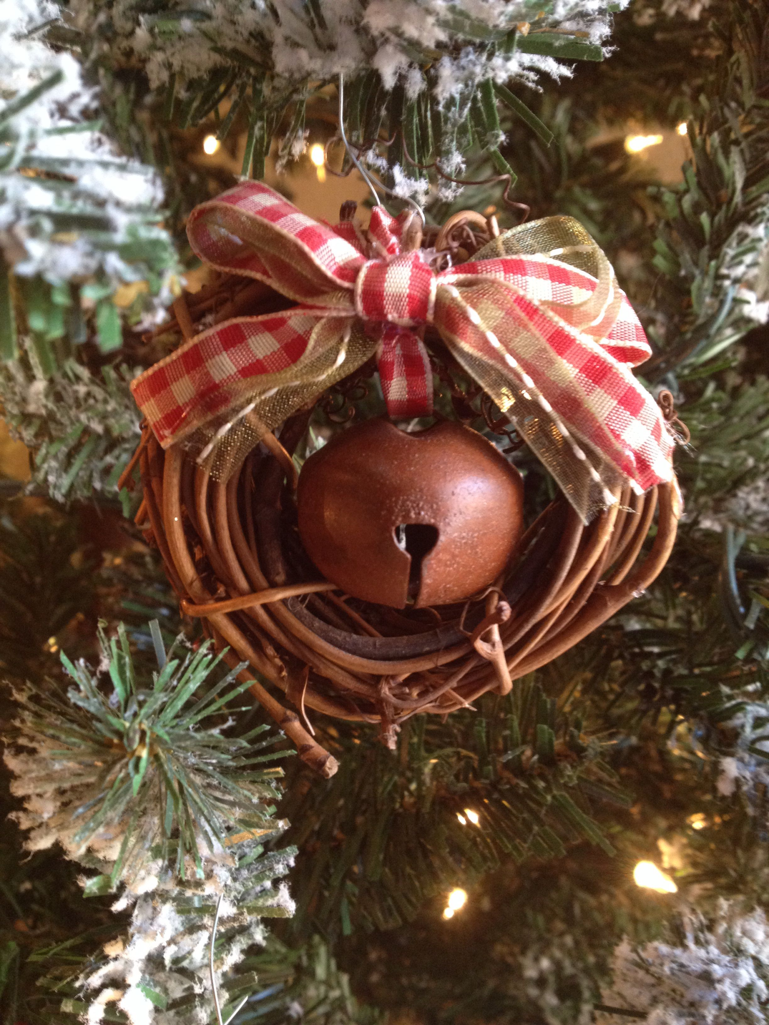 Dollar tree small grapevine wreaths tie a rustic bell to dangle in