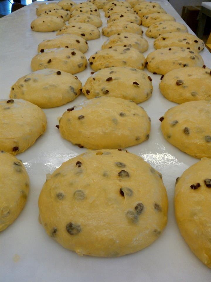 Dolci Natalizi Veneti.Durante Il Periodo Natalizio Vengono Prodotti Anche Panettoni E Veneziane Secondo Le Ricette Tipiche Lombarde E Venete Oltre Ai Dolci Ti Food Desserts Cookies