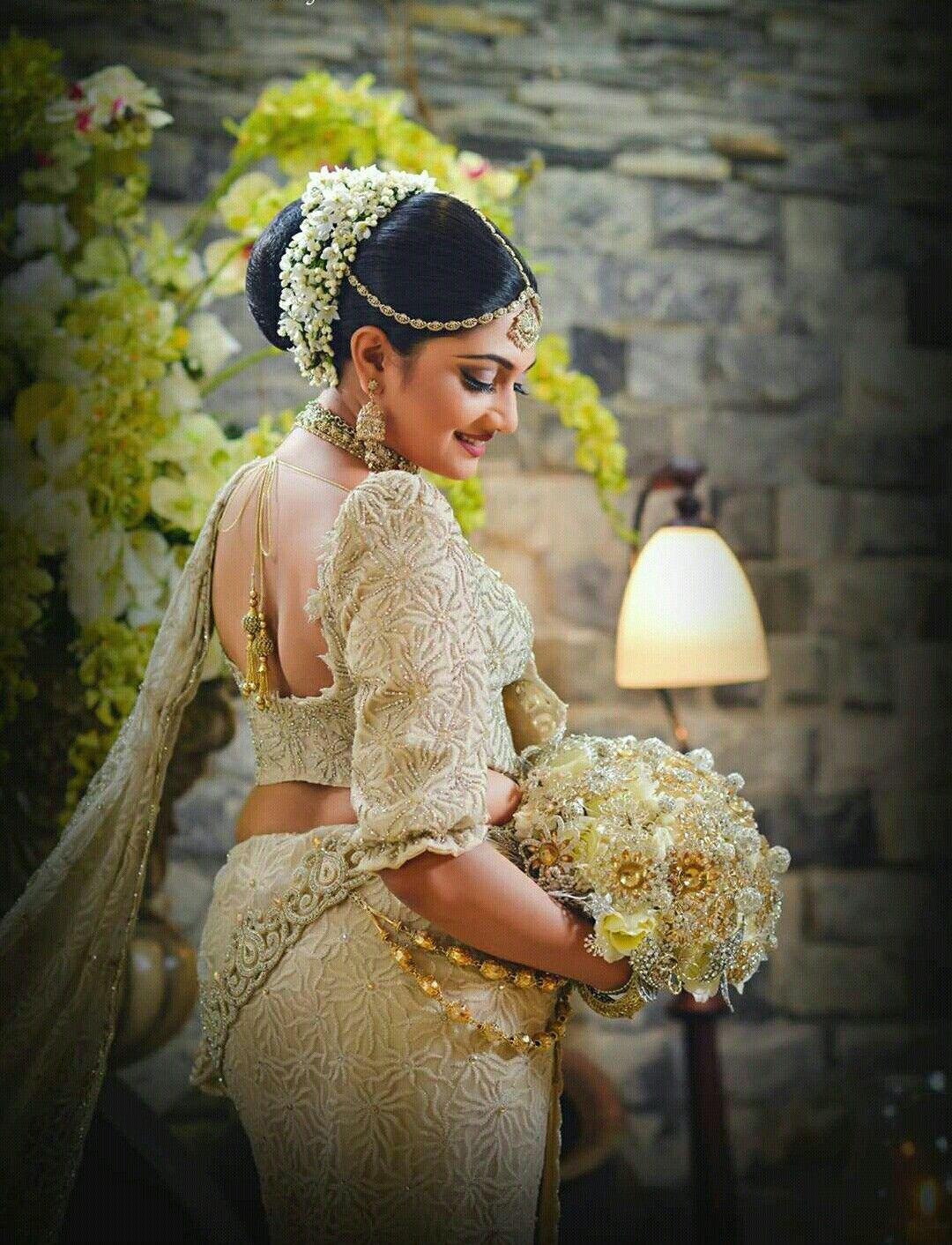 Pin by Yashodara Rathnathilaka on Kandyan Brides | Bridal hair inspiration, Bridle dress, Bridal ...