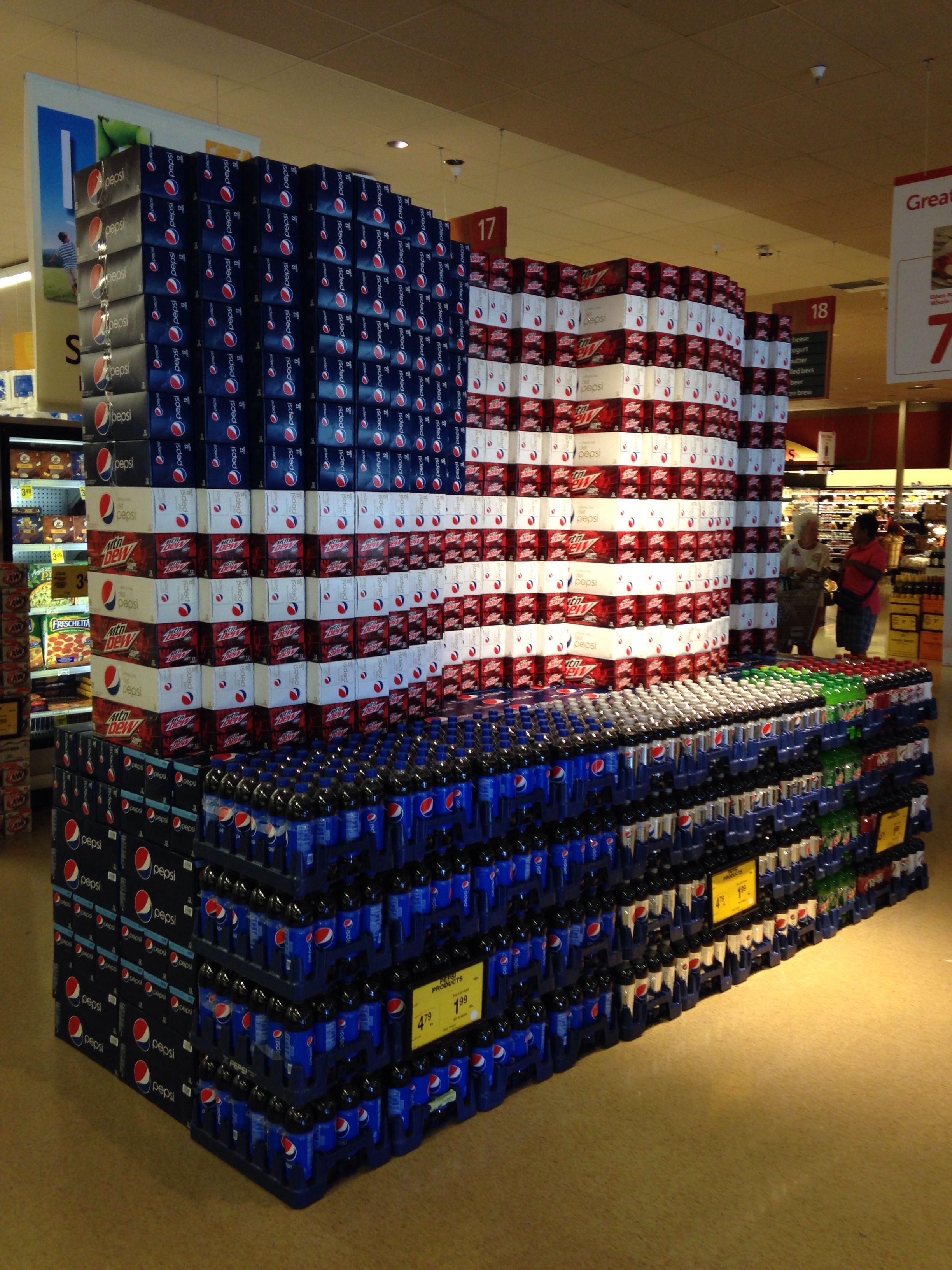 American Flag Waving Supermarket Display Beer Display Bottle Display