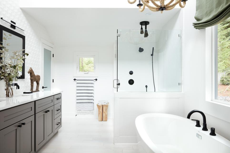 Tour Hgtv Dream Home 2018 White Master Bathroom Master Bathroom