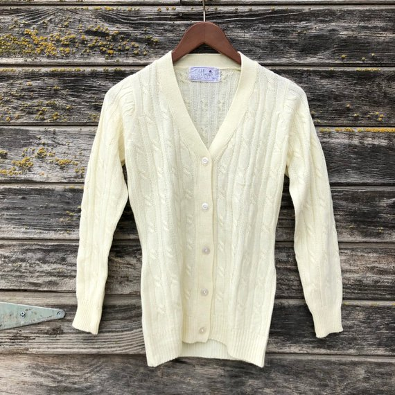 Vintage ivory cable knit cardigan Macy's retro off white