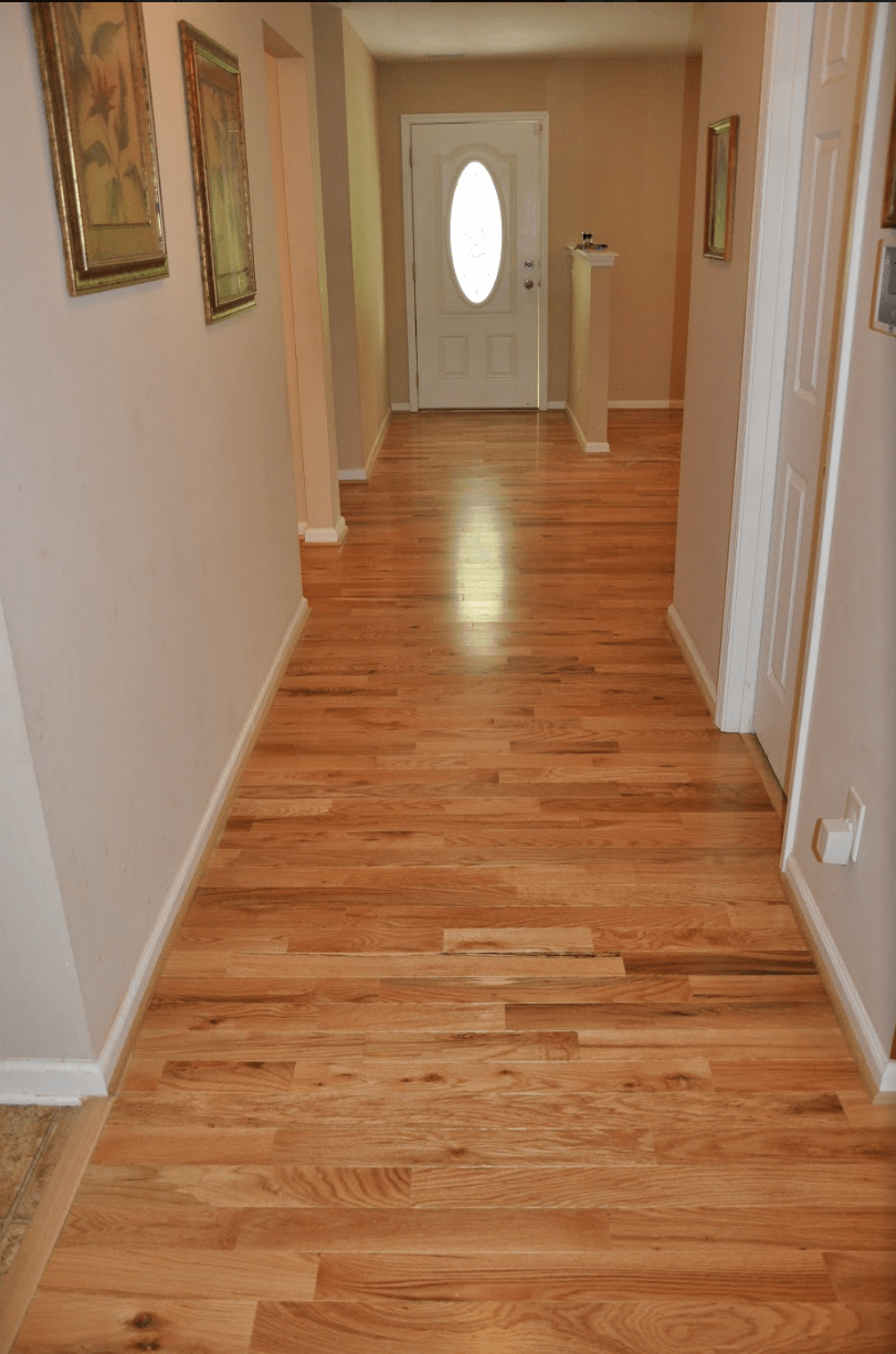 Prefinished Cabin Grade Natural Red And White Oak Mix By Somerset In Mooresville Nc Hardwood Floors Wood Floors Wide Plank Prefinished Hardwood Floors