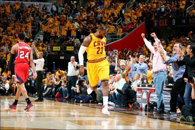 LeBron Sprints down the floor King lebron james, King
