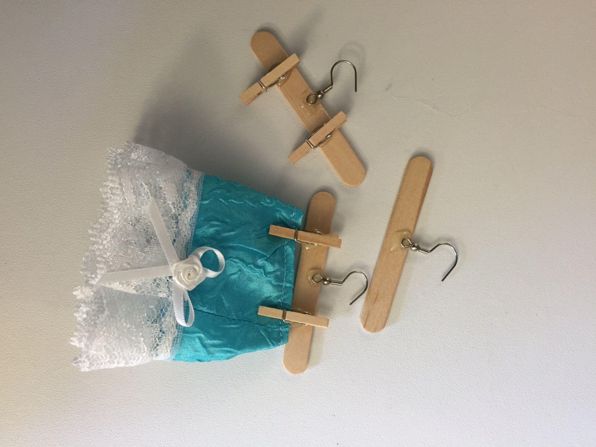 DIY Barbie clothes hangers Kids clothing rack, Kids