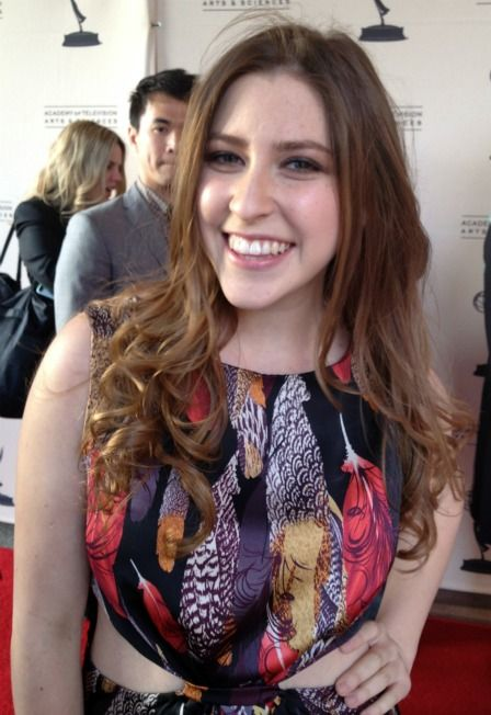 What The Cast Of The Middle Really Thinks Of Modern Family Modern Family Eden Sher Celebs