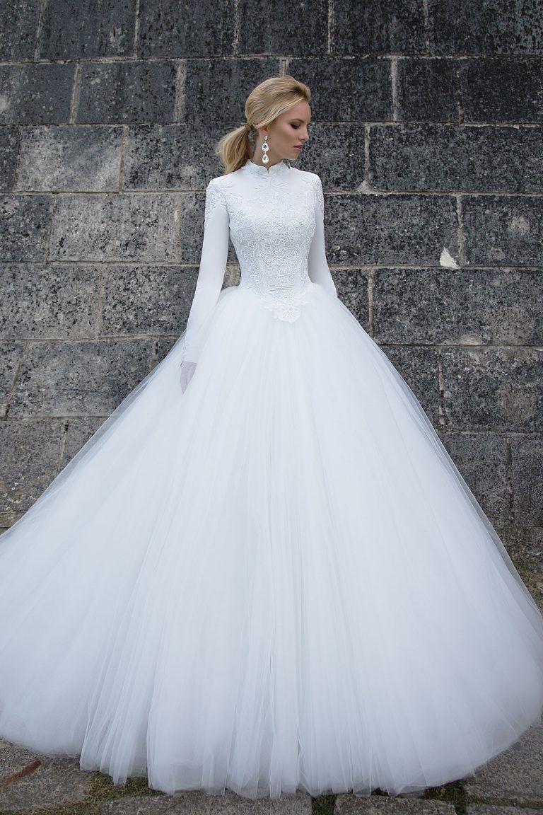 10 splendides robes de mariée au jupon volumineux tendance 2018 | Robe de mariée princesse ...