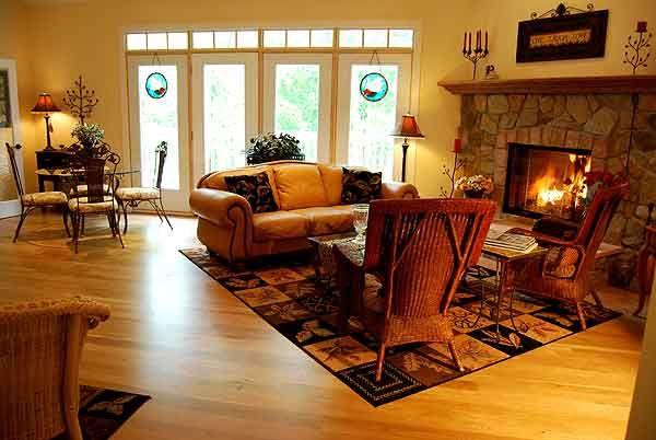 white swan inn a romantic country bed breakfast lake geneva rh pinterest com
