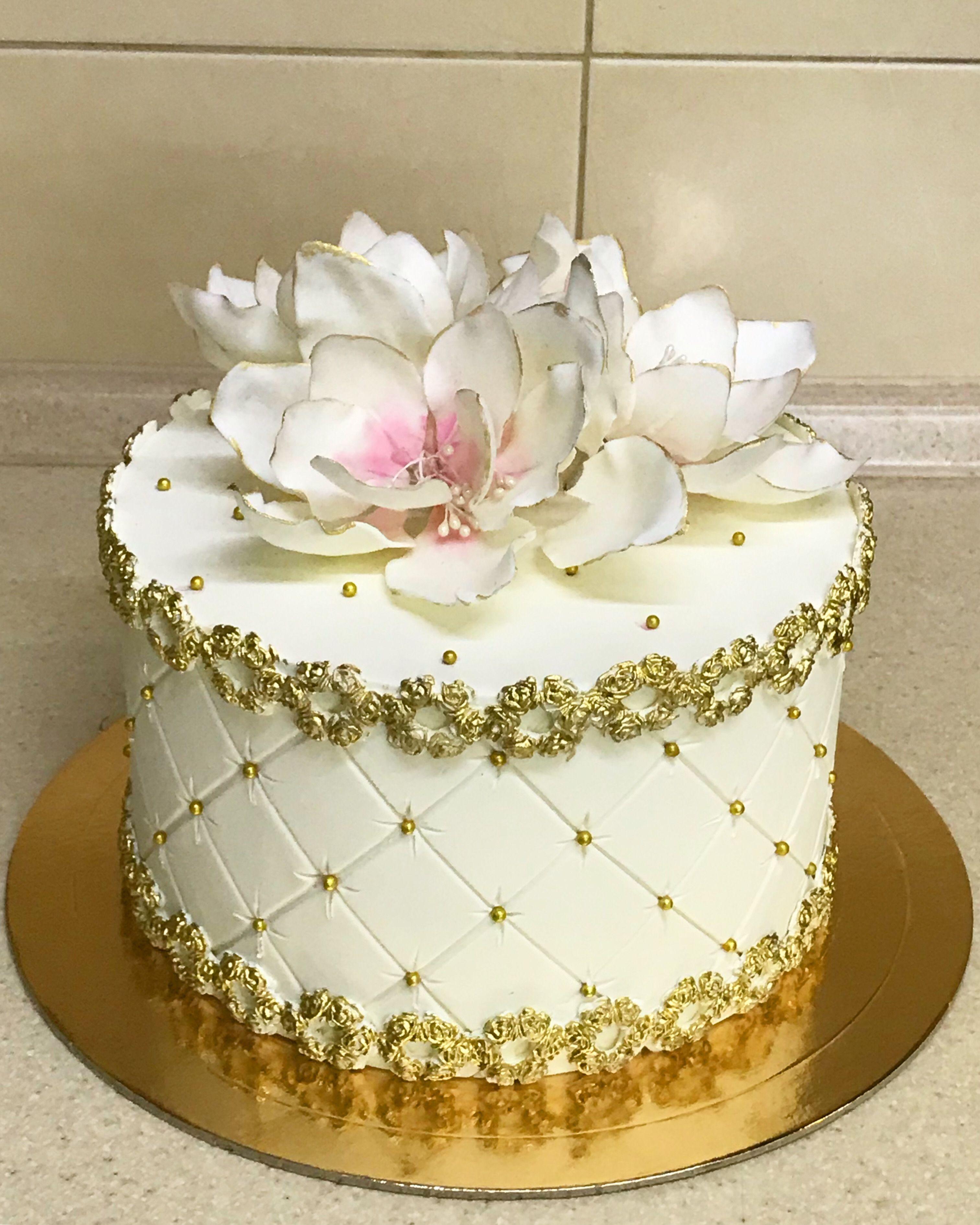 Pin on Большие свадебные торты