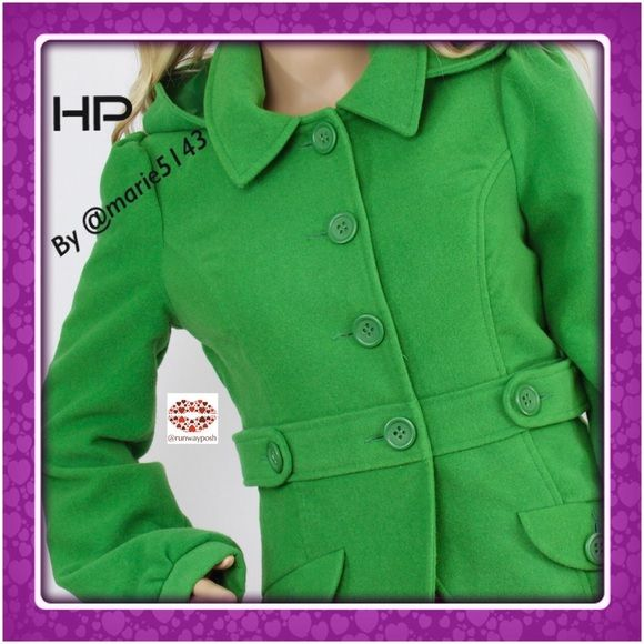 """BRIGHT GREEN HOODED COAT. BB.Dakota Juicy green, waist length Jacket from BB.Dakota. So youthful and happy! Fully lined in excellent condition. Removable hood, 2 front pockets and collar. Length: 23.5"""". Armpit to armpit: 20"""". Waist: 35"""" (all around) Size:M. True to size. Price is firm unless bundle. BB Dakota Jackets & Coats Utility Jackets"""