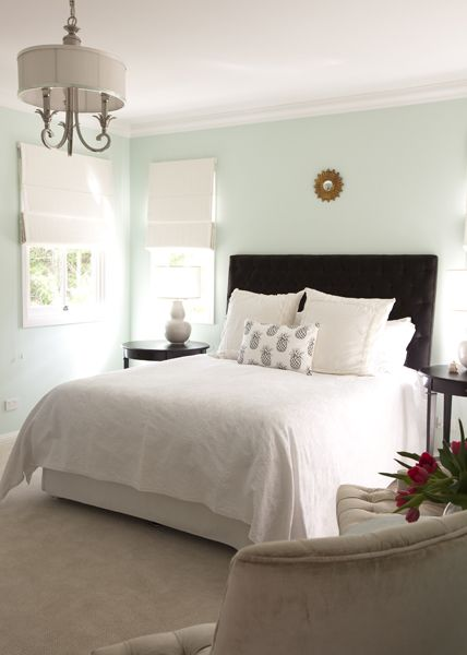white  blue bedroom For the Home Pinterest Sdb, Pour la