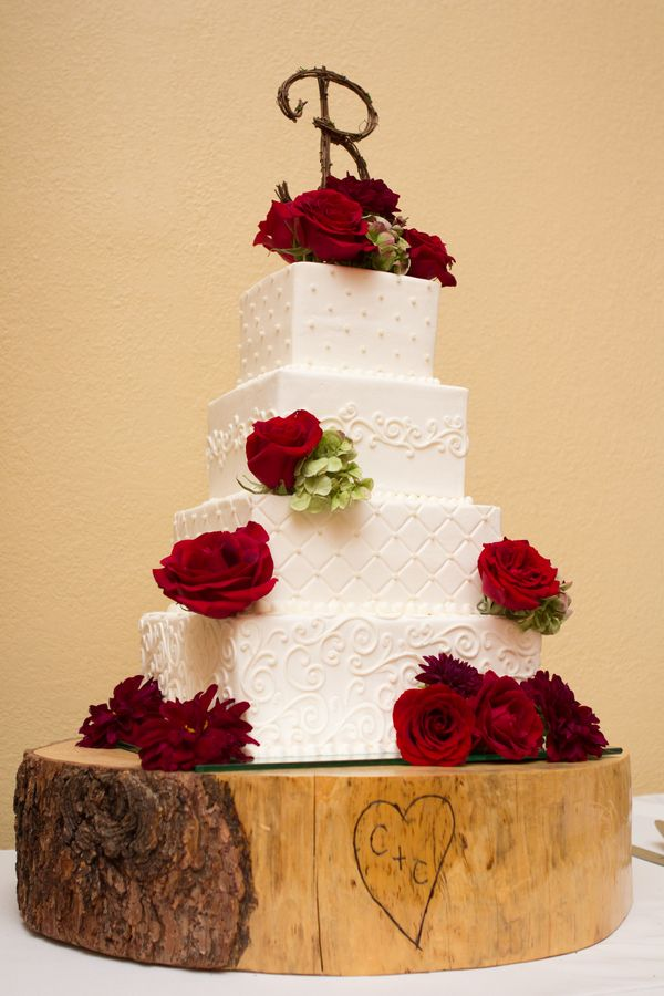 red and white wedding cake on tree stump…. I ♥this one | Weddings ...