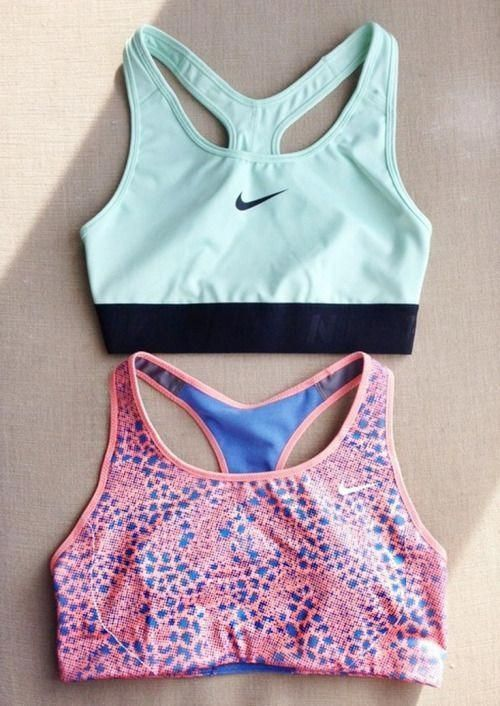 ♡ Women's Nike Workout clothes | Fitness Apparel | Must have Workout Clothing | Yoga Tops | Sports B...
