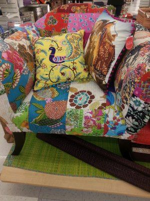 HomeGoods India Event...I Absolutely♥ Home Goods! Want That Peacock Pillow.