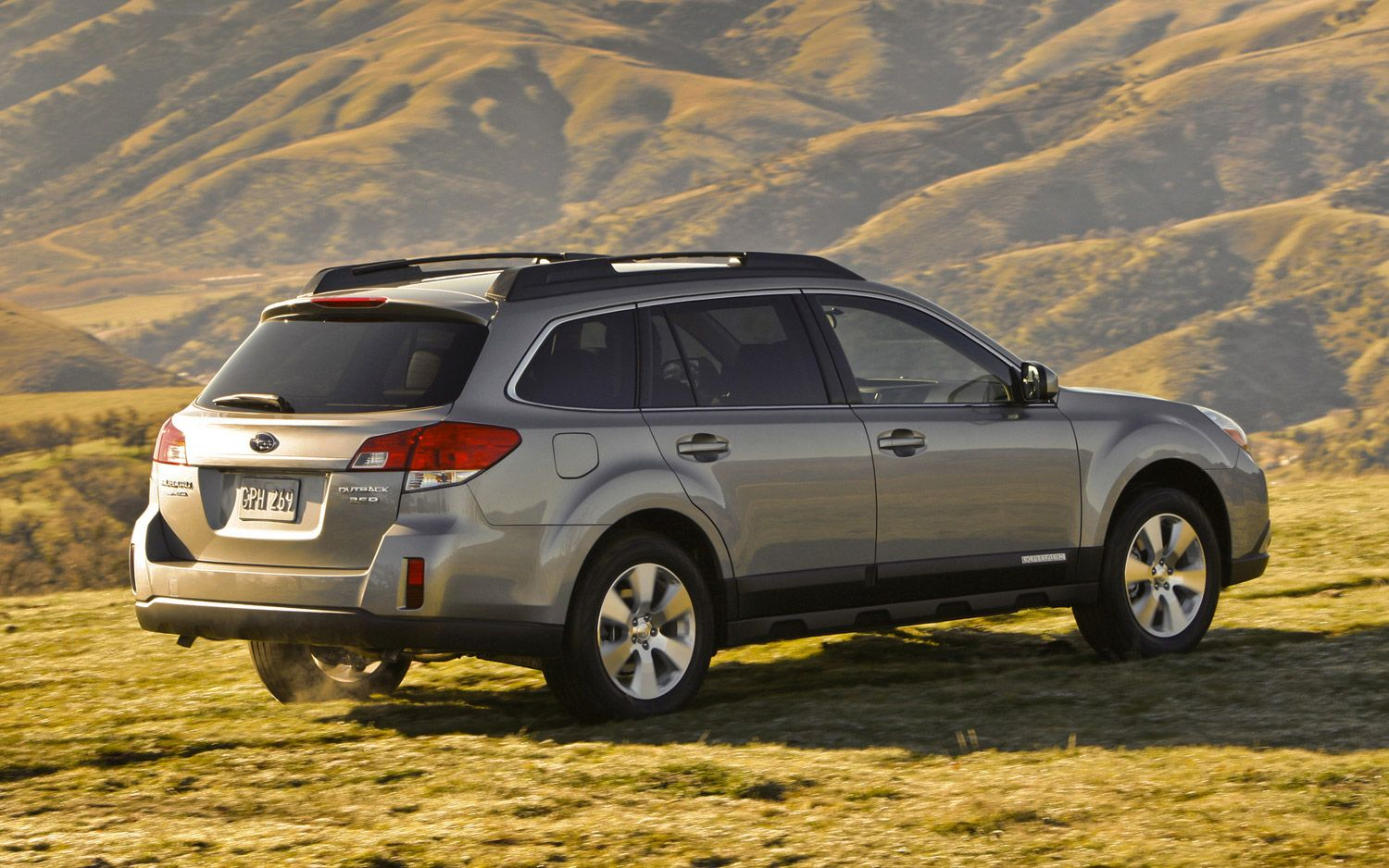 Subaru Outback 2013 rear view Bing Images Outback car