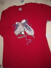 1d800852a6e ΔΡΑΜΑΣ • Ένα σετ φόρμες φούτερ για κορίτσι Νο 12: Sprint wear No 12, μαύρο  παντελόνι με κόκκινη μπλούζα, σε άριστη κατάσταση. ---
