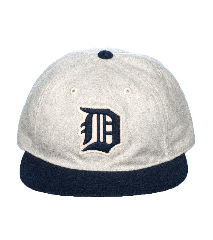 b0de88f9e47394 Amazon.com: American Needle Detroit Tigers Statesman Strapback Cap Grey 0:  Clothing