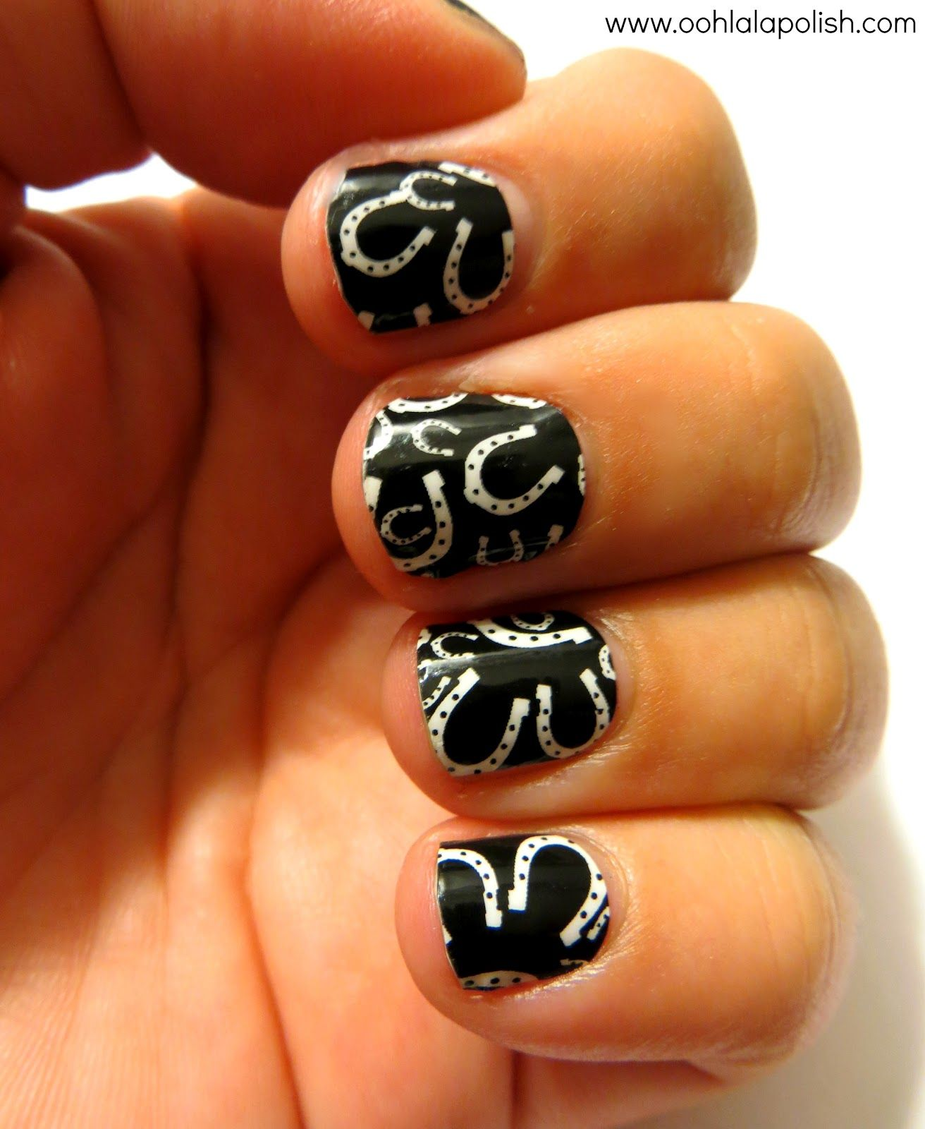 Horseshoe nail art :) - Horseshoe Nail Art :) For My Nails Pinterest Horseshoe Nail