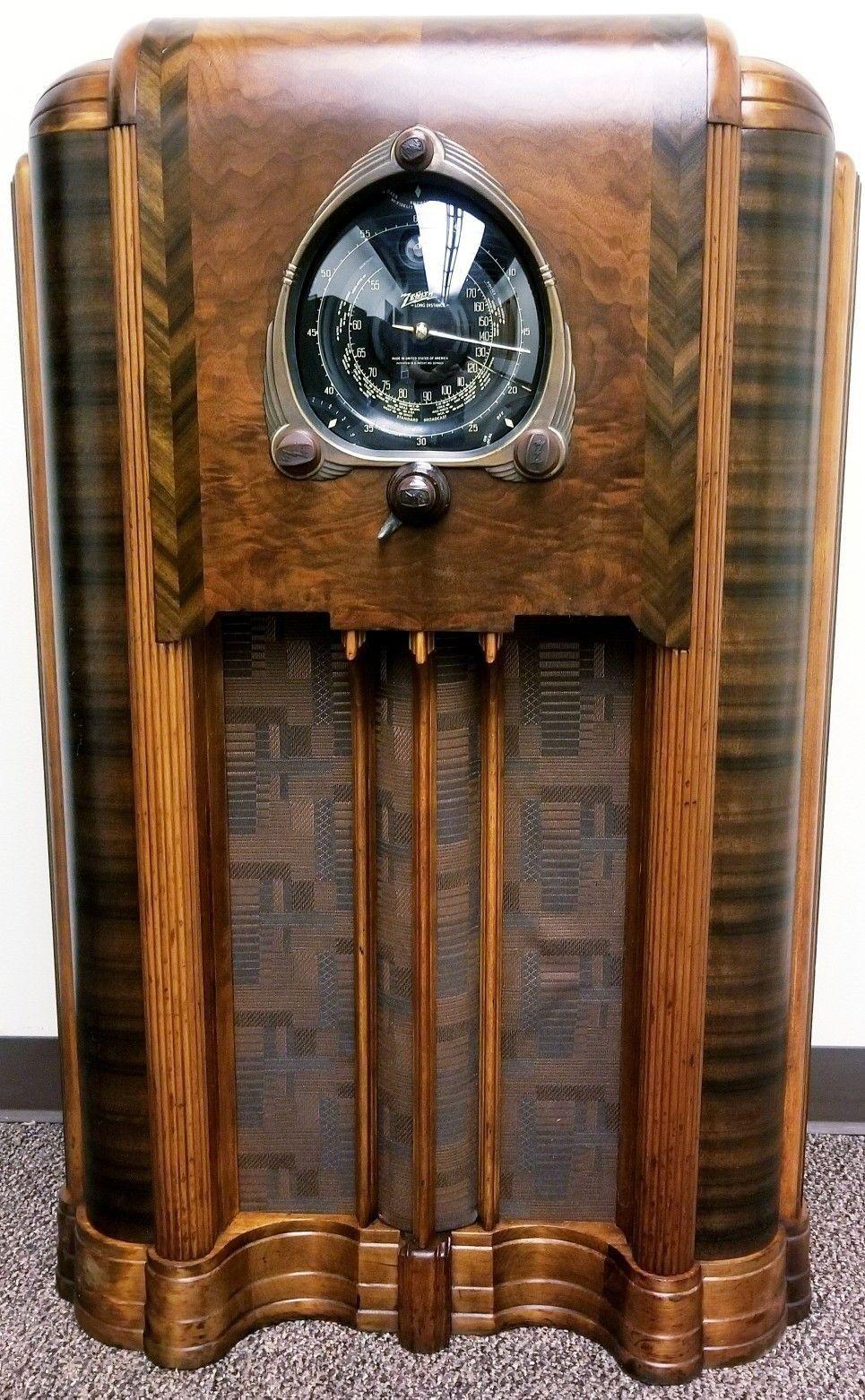 Pin By Fernando Kummel On Tube Amps And Other Audio Awesomeness Vintage Radio Antique Radio Retro Radios